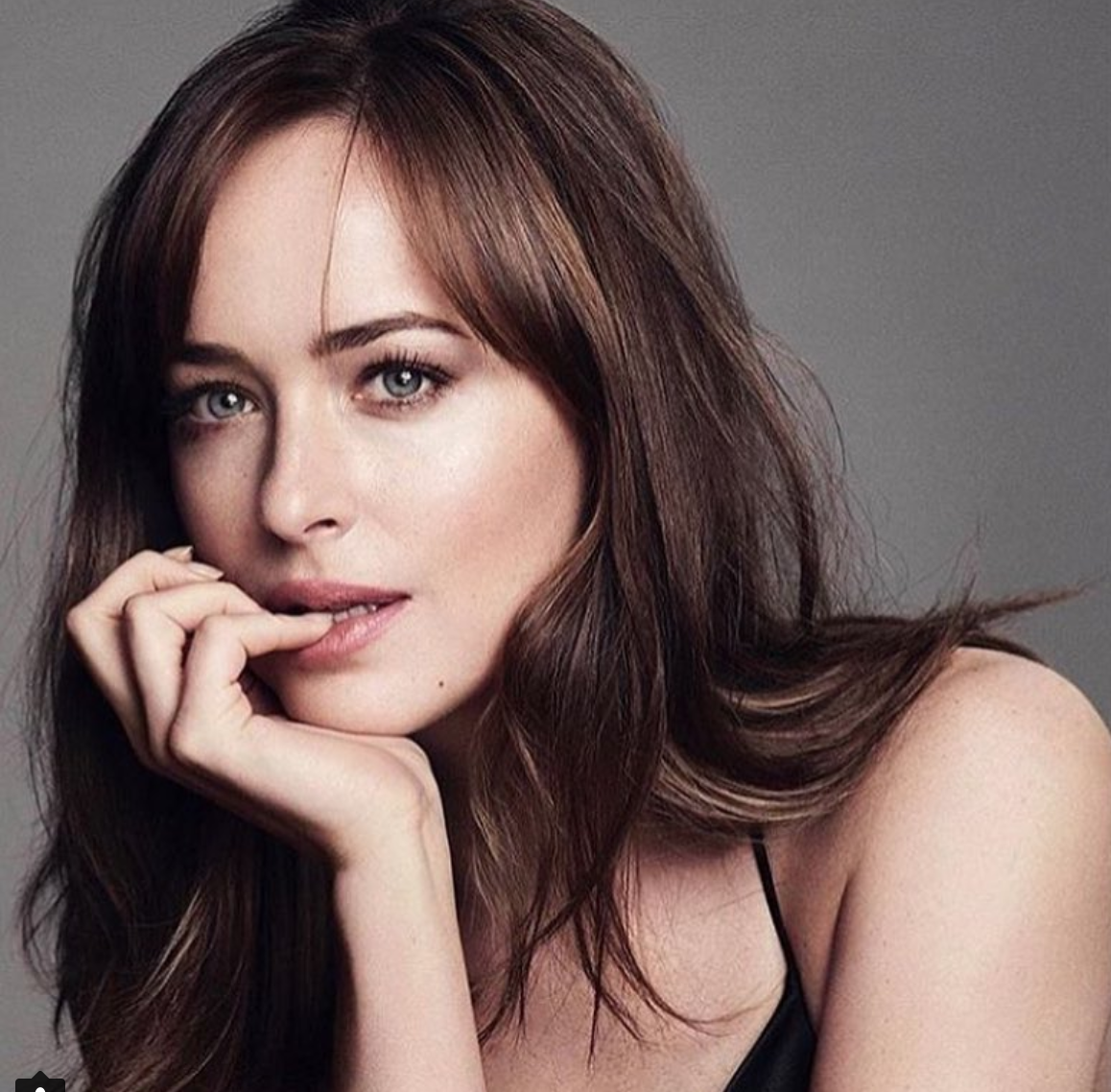 Dakota johnson y chris martin confirmaron su romance en for Johnson argentina