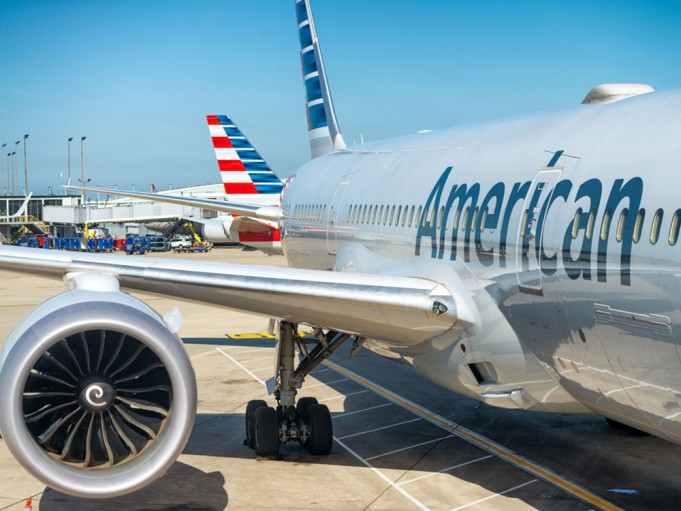 american_airlines_shutterstock
